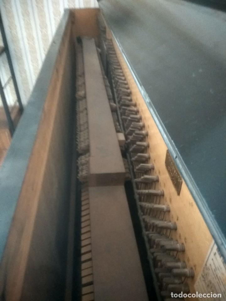 Instrumentos musicales: Piano antiguo alemán de 2 aspas - Foto 3 - 227775975