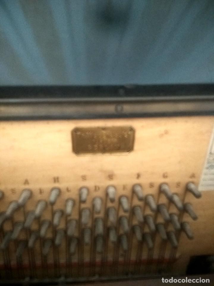 Instrumentos musicales: Piano antiguo alemán de 2 aspas - Foto 4 - 227775975