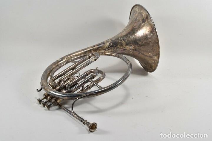 Instrumentos musicales: ANTIGUA TROMPA MUSICAL CUERNO, TROMPETA PARIS BOSQUE FIRMADA 45X38X28 CM 499 EUROS - Foto 4 - 227778061