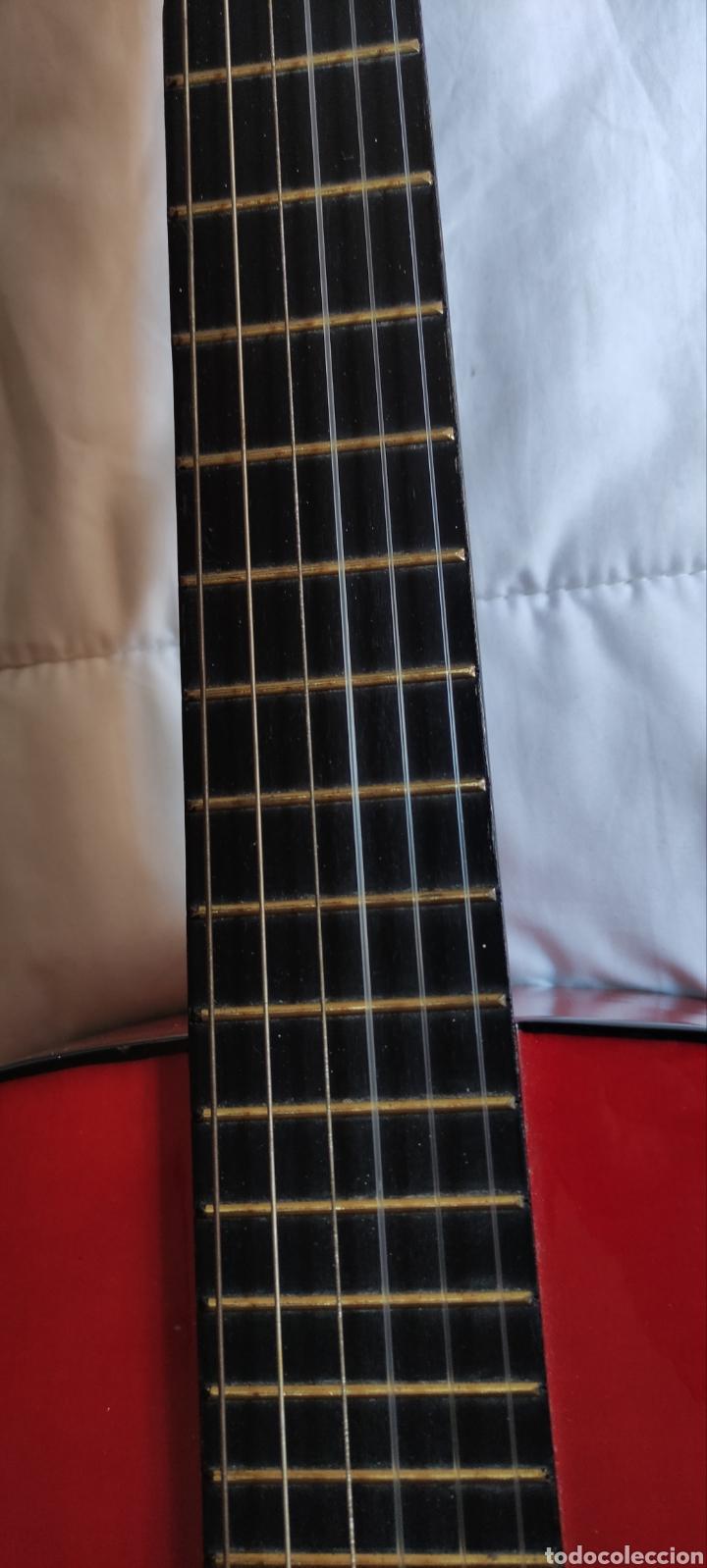Instrumentos musicales: Guitarra - Foto 17 - 228417015
