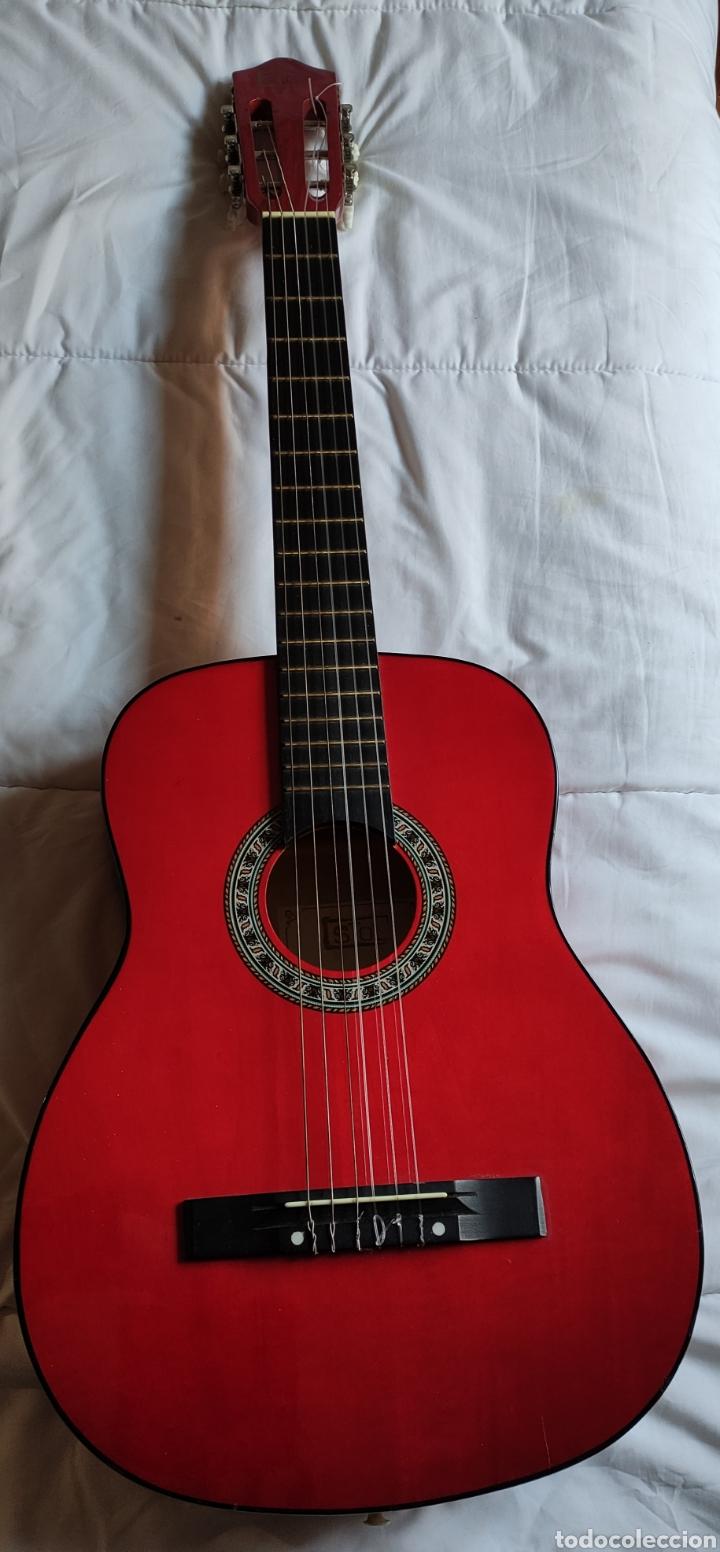 GUITARRA (Música - Instrumentos Musicales - Guitarras Antiguas)