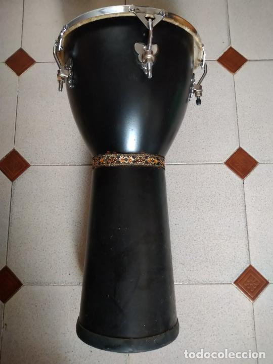 Instrumentos musicales: TIMBAL DE PIEL MARCA SANTAFE. MEDIDAS: 33 CM DIÁMETRO/ 63 CM ALTURA. - Foto 3 - 230428530