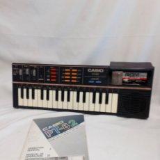 Instrumentos musicales: TECLADO CASIO PT 82 FUNCIONANDO CON ROM PACK Y MANUAL DE INSTRUCCIONES. Lote 231351855