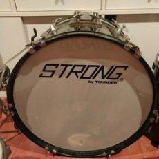 Instrumentos musicales: BATERÍA STRONG. Lote 235094785