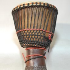 Instrumentos musicales: TAMBOR DJEMBE HECHO A MANO MADERA. Lote 235238730