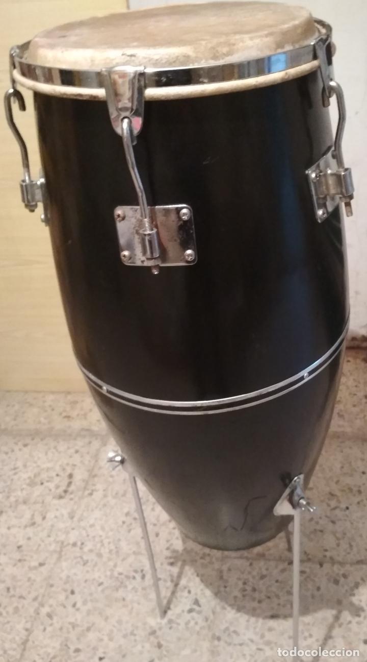 CONGA / PERCUSIÓN / TAMBOR CON PATAS (Música - Instrumentos Musicales - Percusión)