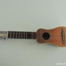Instrumentos musicales: GUITARRA PEQUEÑA DE CUATRO CUERDAS. Lote 235471005