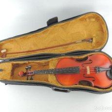Instrumentos musicales: ANTIGUO INSTRUMENTO MUSICAL VIOLÍN CON ARCO Y ESTUCHE ORIGINAL VINTAGE. Lote 235471510