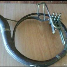 Instrumentos musicales: ANTIGUO TROMBÓN SOUSAPHONE EN LATON DORADO. Lote 235476470