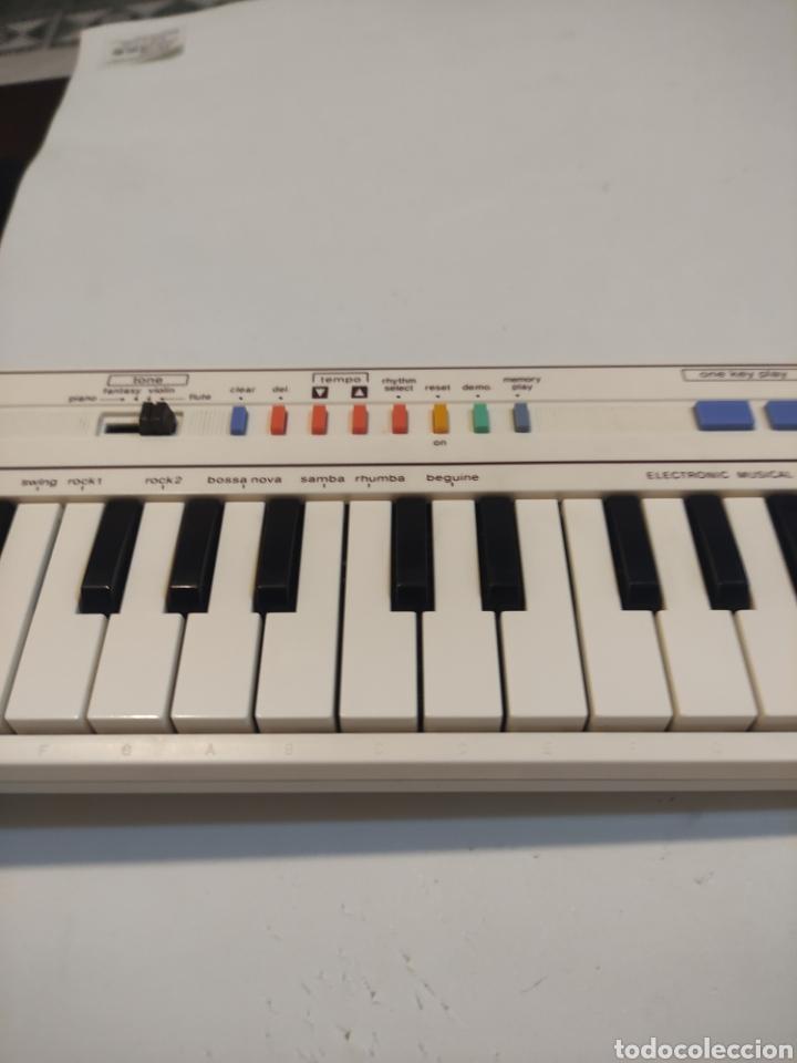 Instrumentos musicales: CASIO PT-1 - Foto 2 - 235566455