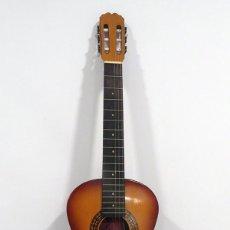 Instrumentos musicales: GUITARRA CLASICA RITMO T1. 98 CM LARGO X 34 CM ANCHO X 10 CMS FONDO. Lote 235995665