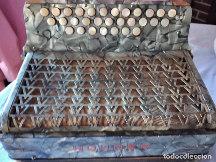 Instrumentos musicales: concertina acordeón Hohner Club II B victoria botón,germany - Foto 3 - 236054900