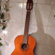 Instrumentos musicales: ANTIGUA GUITARRA DIA MODEL A 570 JAPAN,AÑOS 60,CON FUNDA DE PLASTICO.. Lote 236543700