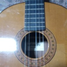 Instrumentos musicales: GUITARRA ADMIRRA. Lote 237018700