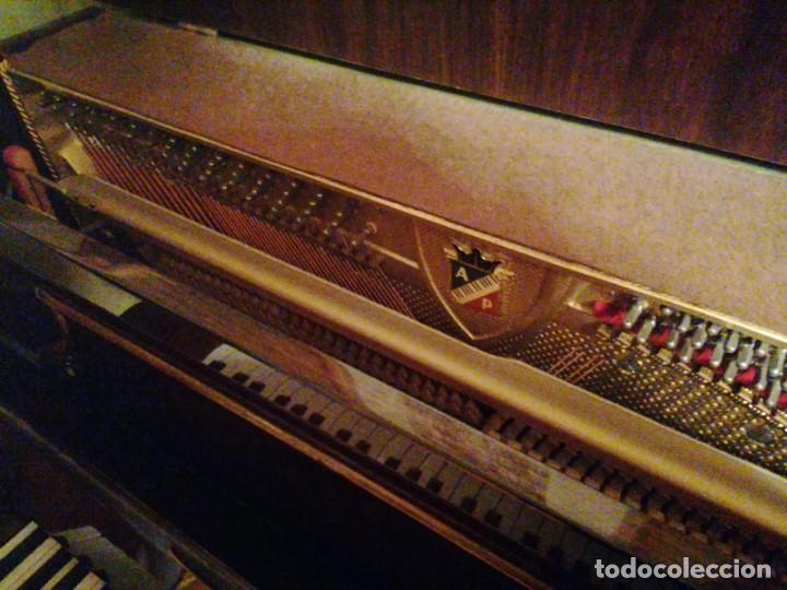 Instrumentos musicales: Piano Petrof - Foto 2 - 237648720
