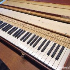 Instrumentos Musicais: ANTIGUO TECLADO PIANO EXPOSICION MUESTRARIO VIAJANTE-REPUESTO RECAMBIO ORQUESTA CONCIERTO MUSICO. Lote 238854415