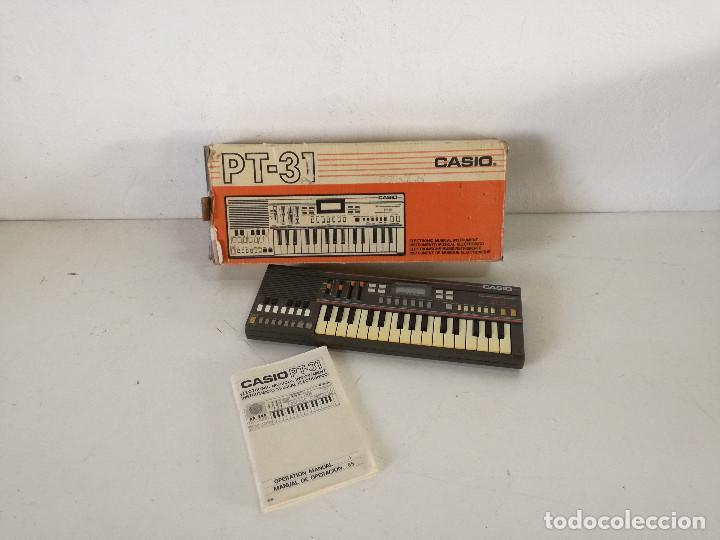 ÓRGANO CASIO PT - 31, CON SU CAJA ORIGINAL E INSTRUCCIONES, FUNCIONANDO (Música - Instrumentos Musicales - Teclados Eléctricos y Digitales)