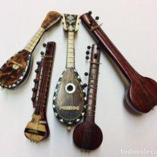 Instrumentos musicales: INSTRUMENTOS MUSICALES DE CUERDA EN MINIATURA.. Lote 242006360