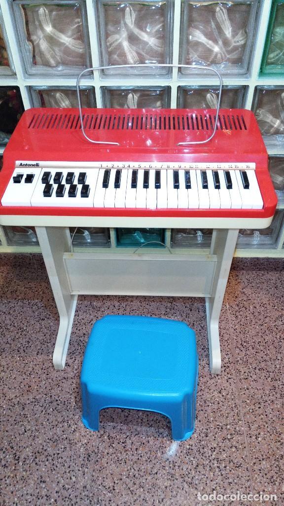 """ORGANO 1969 """"GOLDEN ORGAN ANTONELLI"""" CON TECLADO POLIFÓNICO Y PIE DESMONTABLE MOD 27/8 VSP (Música - Instrumentos Musicales - Teclados Eléctricos y Digitales)"""