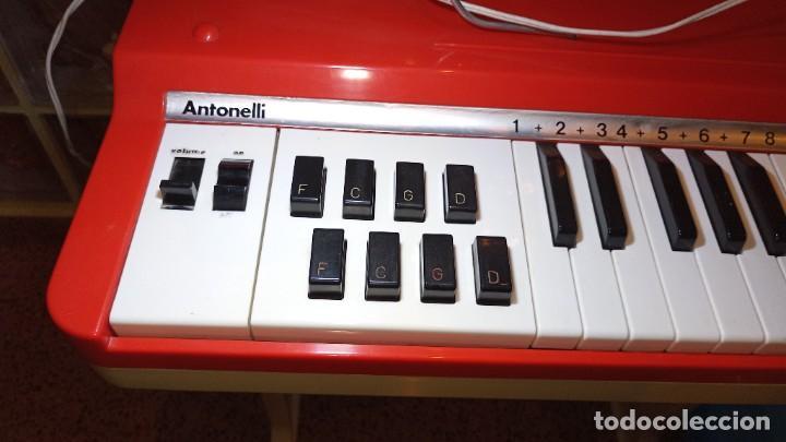 """Instrumentos musicales: Organo 1969 """"Golden Organ Antonelli"""" con teclado Polifónico y Pie desmontable mod 27/8 VSP - Foto 6 - 242908425"""