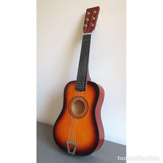 GUITARRA DE JUGUETE. CAJA Y MASTIL DE MADERA. 59 CM LARGO X 20 CM ANCHO. BUEN ESTADO (Música - Instrumentos Musicales - Guitarras Antiguas)