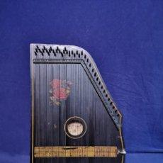 Instrumentos musicales: CITARA ALEMANA. Lote 243344650