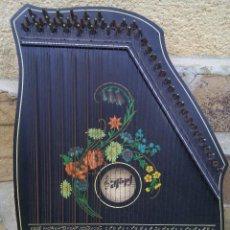Instrumentos musicales: CÍTARA ALEMANA 1901. Lote 246155540