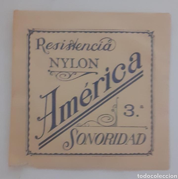 CUERDA DE GUITARRA AMERICANA NYLON 3 (Música - Instrumentos Musicales - Cuerda Antiguos)