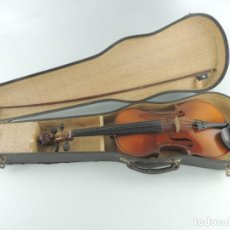 Instruments Musicaux: ANTIGUO INSTRUMENTO MUSICAL VIOLÍN CON ARCO Y ESTUCHE ORIGINAL VINTAGE. Lote 246580075