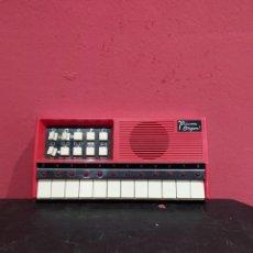 Instrumentos Musicais: ANTIGUO PIANO MICOM ORGAN . VER LAS IMÁGENES. Lote 247396505