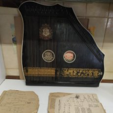 Instrumentos musicales: ANTIGUA CITARÁ ALEMANA DE GRAN TAMAÑO. Lote 247500090