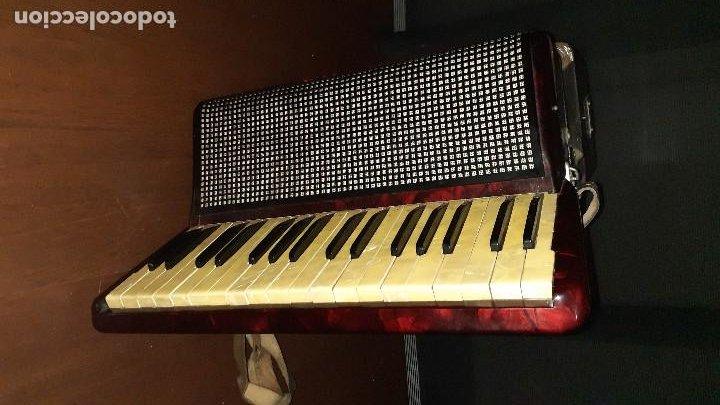 Instrumentos musicales: Acordeon HOHNER Verdi ll con su funda. - Foto 17 - 248314625