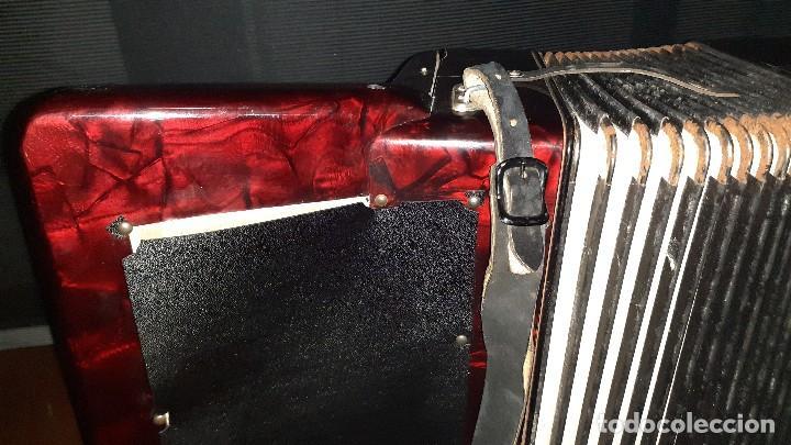 Instrumentos musicales: Acordeon HOHNER Verdi ll con su funda. - Foto 19 - 248314625