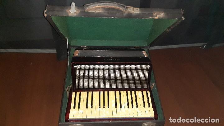 Instrumentos musicales: Acordeon HOHNER Verdi ll con su funda. - Foto 36 - 248314625