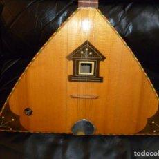 Instrumentos musicales: ANTIGUA BALALAIKA DE 6 CUERDAS. Lote 249542720