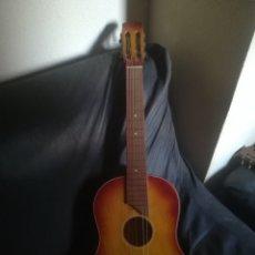 Instrumentos musicales: ANTIGUA GUITARRA ACUSTICA. Lote 250338855