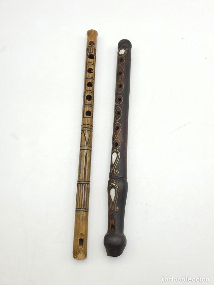 2 FLAUTAS EN MADERA Y BAMBÚ ( VER FOTOS ) (Música - Instrumentos Musicales - Viento Madera)