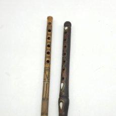 Instrumentos musicales: 2 FLAUTAS EN MADERA Y BAMBÚ ( VER FOTOS ). Lote 251029385
