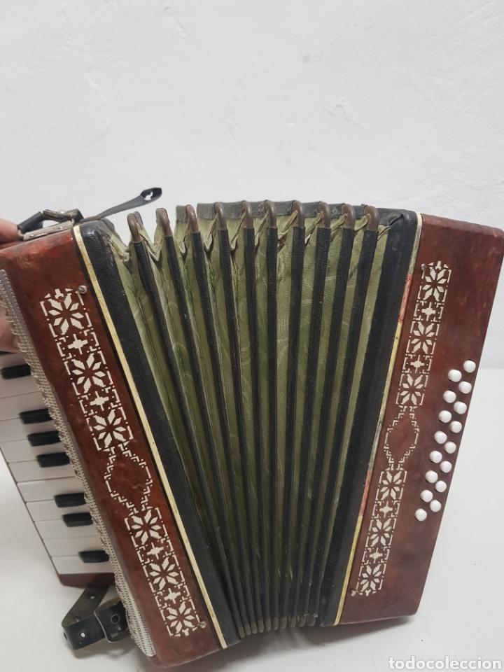 Instrumentos musicales: Acordeón Manbiw ,Razho ,made in URSS - Foto 4 - 251567265