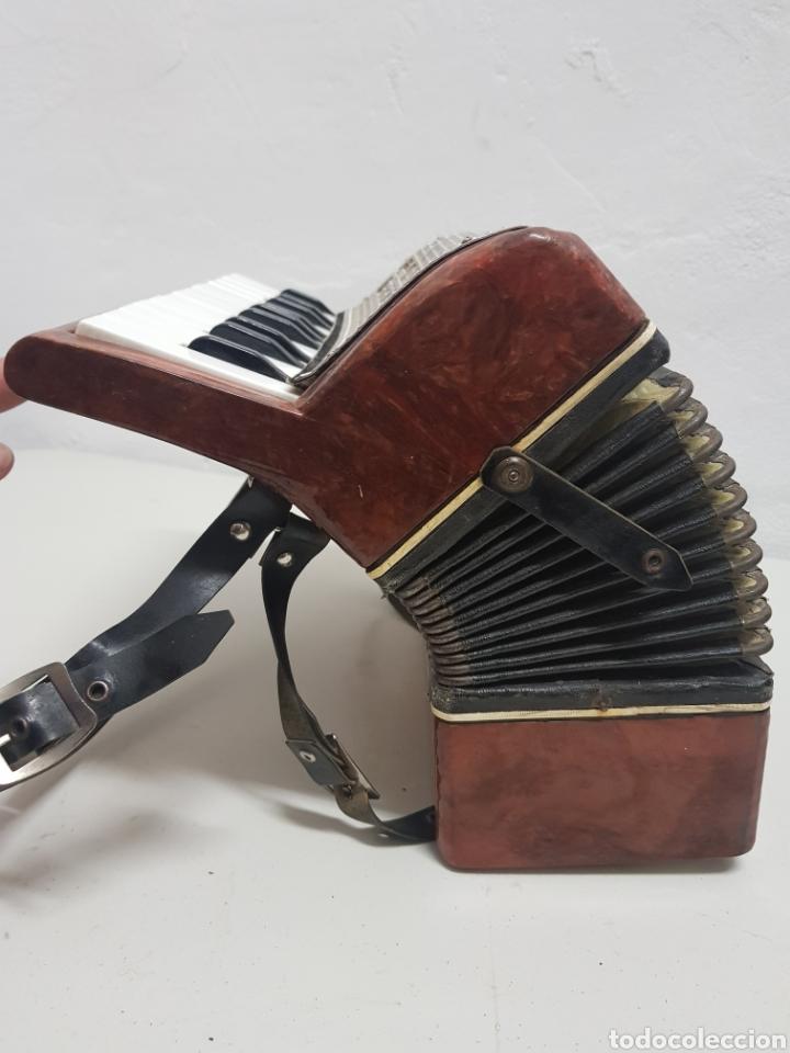 Instrumentos musicales: Acordeón Manbiw ,Razho ,made in URSS - Foto 5 - 251567265