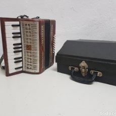 Instrumentos musicales: ACORDEÓN MANBIW ,RAZHO ,MADE IN URSS. Lote 251567265