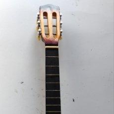 Instrumentos Musicais: GUITARRA. Lote 252428335