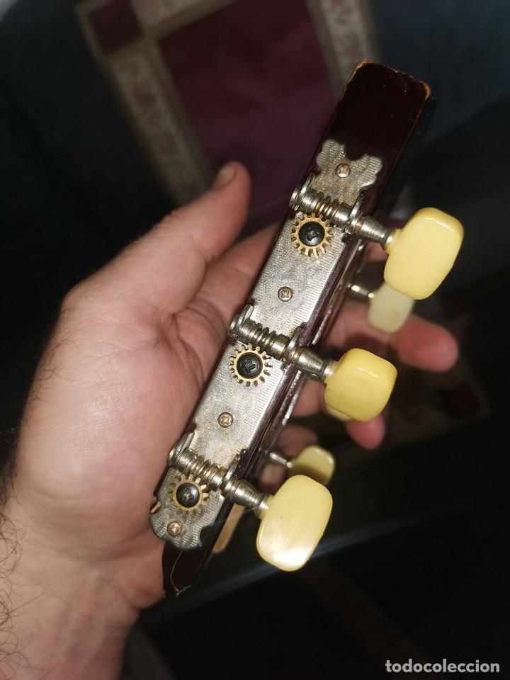 Instrumentos musicales: Mástiles, puente y cuerdas de guitarras clásicas - Foto 5 - 252477025