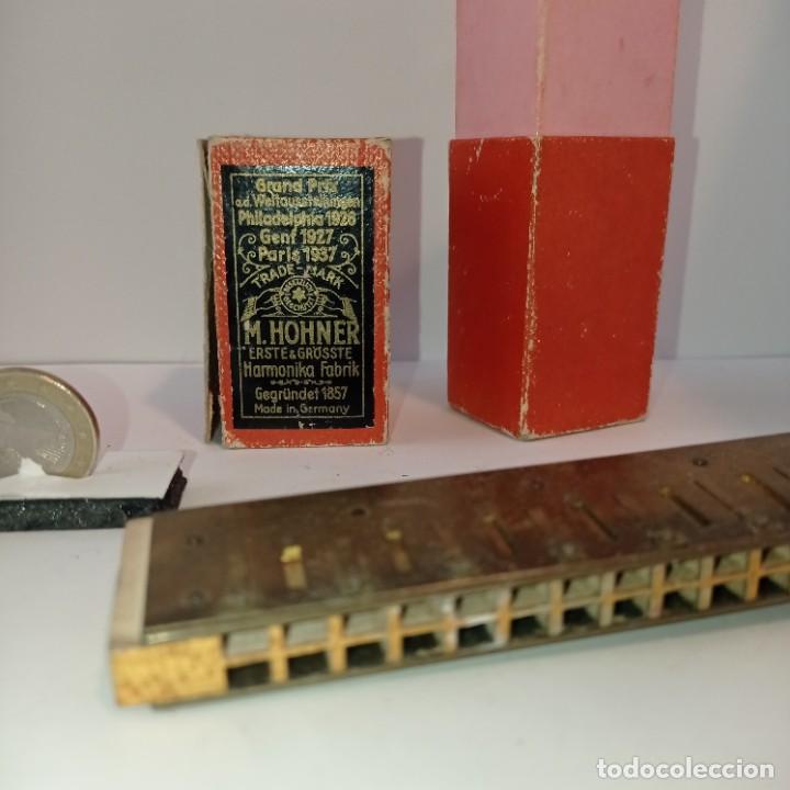Instrumentos musicales: Armónica Hohner muy antigua - The Regulation Band- Caja y harmonica sin tapas. Entre 1905 y 1952. - Foto 3 - 252791580