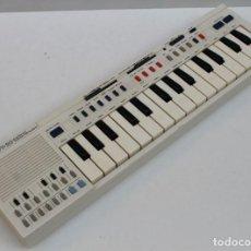 Instrumentos musicales: TECLADO CASIO PT-20 - FUNCIONA. Lote 252933060