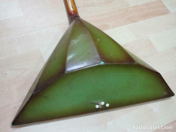 Instrumentos musicales: ANTIGUA BALALAICA RUSA , 3 cuerdas, madera, aprox. 67 cm - Foto 9 - 253360845