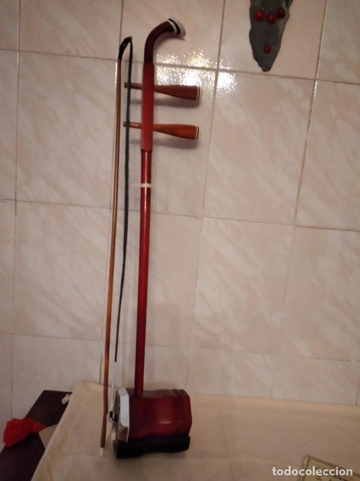 Instrumentos musicales: Artino Marco Polo Premium ErHu, con accesorios y estuche todo original. - Foto 6 - 253546710