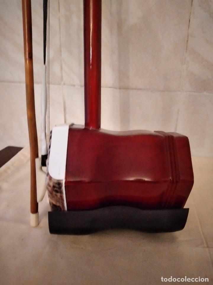 Instrumentos musicales: Artino Marco Polo Premium ErHu, con accesorios y estuche todo original. - Foto 8 - 253546710