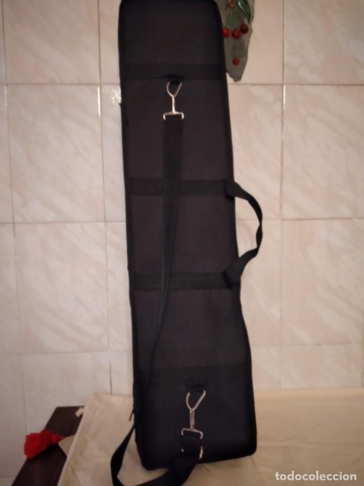 Instrumentos musicales: Artino Marco Polo Premium ErHu, con accesorios y estuche todo original. - Foto 17 - 253546710