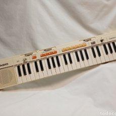 Instrumentos musicales: TECLADO CASIO AÑOS 80 CASIOTONE MT-35 FUNCIONANDO PERFECTAMENTE. Lote 253923345